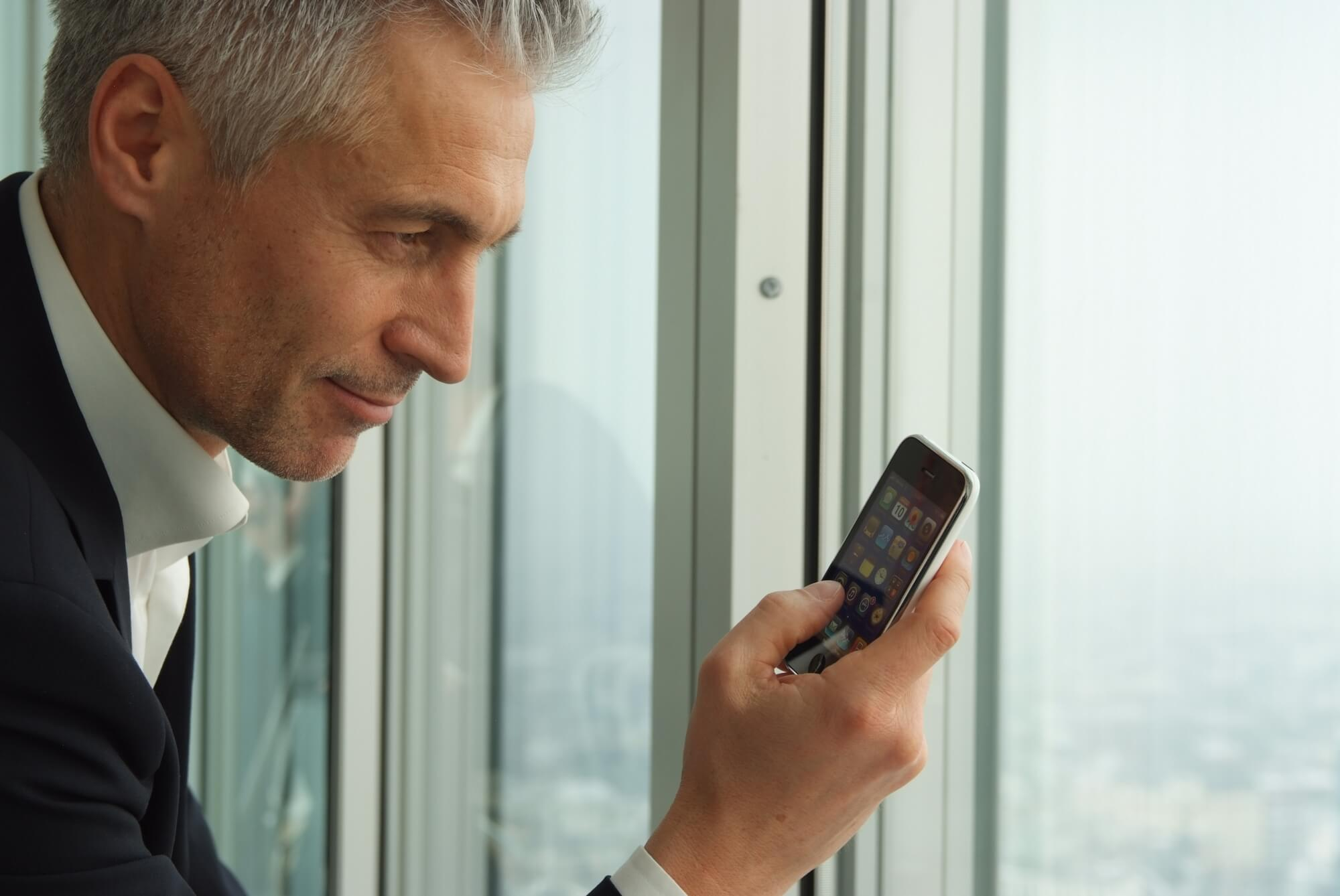 spy on cellphone without installing software on target phone best cell phone spy reviews