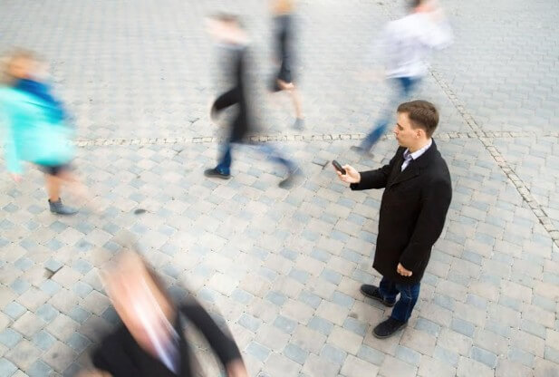 how to tap a cell phone with just the number man outside
